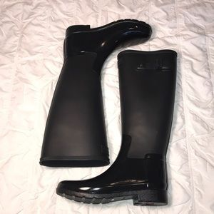 Tall Matte/Gloss Hunter Boots